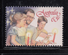 Australia 1987 MNH Scott #1046 63c Man, Girl, Boy Christmas Carolers - 1980-89 Elizabeth II