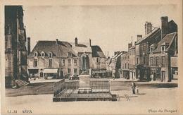 8 Cpa De SEES  ( 61 ) La Rue Loutreuil Et La Providence, Place Du Parquet, La Gare, La Rue Conté Et La Cathédrale, La Ha - Sees