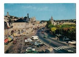 ( 86 ) CHAUVIGNY Centre Ville Hotel De Ville Et Eglise - Chauvigny