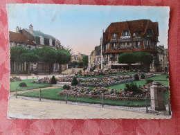 Dep 14 , Cpm  DEAUVILLE , La PLage Fleurie , La Place Morny (477) - Deauville