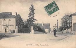 LAFERTE SUR AUBE - Place Des Halles - Francia