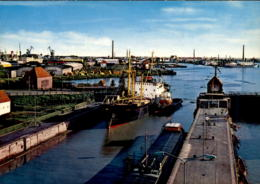ÄLTERE POSTKARTE BREMERHAVEN BLICK AUF DOPPELSCHLEUSE UND HAFEN Schleuse Lock écluse Haven Harbour Port Ansichtskarte - Bremerhaven