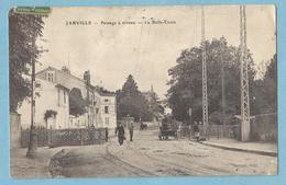 A054 CPA  JARVILLE  (Meurthe Et Moselle) Passage à Niveau  - La Belle-Croix    +++++++ - France
