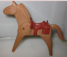 GEOBRA PLAYMOBIL 1974  CAVALLO MARRONE CHIARO   CON SELLA - Playmobil