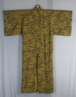 Used Women's Kimono - Vintage Clothes & Linen