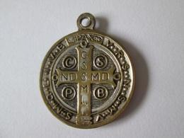 Saint Benedict Vintage Silvered Medal Pendant,diameter/diametre=25 Mm - Italy