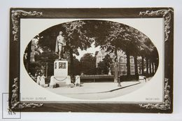 Photographic Postcard England - Bunyan Statue, Bedford - The Rotary Photo 529170 & 534835 - Bedford