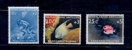 ANTILLE OLANDESI 1960 -ANIMALI PESCI - LOTTA CONTRO IL CANCRO - SERIE COMPLETA - GOMMA LEGGERMENTE BICOLORE -MNH** - Antille