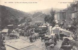 43-AUZON- LA PLACE DE LA BARRERE, UN JOUR DE FOIRE - France