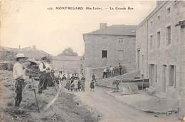 43-MONTREGARD- LA GRANDE RUE - France