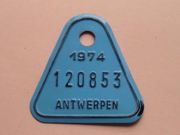 FIETSPLAAT / PLAQUE Vélo ( Antwerpen Nr. 120853 ) Anno 1974 ( België ) ! - Number Plates