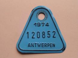 FIETSPLAAT / PLAQUE Vélo ( Antwerpen Nr. 120852 ) Anno 1974 ( België ) ! - Number Plates