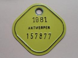 FIETSPLAAT / PLAQUE Vélo ( Antwerpen Nr. 157877 ) Anno 1981 ( België ) ! - Plaques D'immatriculation