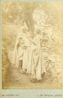 ALGERIE -  Paysans Kabyles Dans La Montagne  - Carte CABINET - Photographe Jean GEISER - Circa 1880 - Afrique