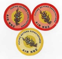 3 ETIQUETTES A BAGAGES  Air KBZ Myanmar - Étiquettes à Bagages