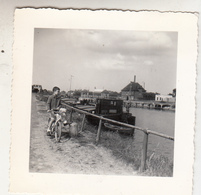 Vaart - Boot - Fiets - Te Situeren - Canal - Bâteau - Vélo - 1959 - à Situer - Foto 7 X 7 Cm - Bateaux