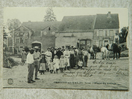 ORBIGNY AU VAL PLACE DU VILLAGE - France