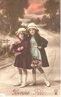 Thèmes - Enfants - Deux Fillettes - Bonne Fête - Portraits