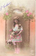 Thèmes - Enfants - Fillette - Fleurs - Ste Catherine - Portraits