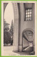 LES PYRENEES ILLUSTREES - LUCHON - Le Péristyle Des Thermes Carte Circulé 1946 - Luchon