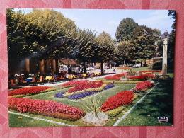 Dep 73 , Cpm  AIX Les BAINS , Parc Des Thermes , La Rotonde Et Son Tapis Fleuri , 2353 (07.22.087) - Aix Les Bains