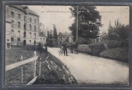 Carte Postale 76. Epouville Cyclistes Au  Moulin Brédel  Très Beau Plan - France
