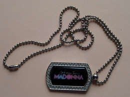 """Lot Collector Items From """" MADONNA """" For  ( Yo, YO, YO Paper 1993 / Key Chain & Neckless ) 3 Pcs. ( See Photo Please ) ! - Objets Dérivés"""