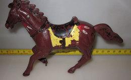 CAVALLO INDIANO MARRONE - Figurines