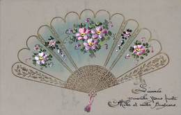 Jolie Carte Fantaisie Ancienne Celluloïd. Décor Eventail, Fleurs, Dorure, Peinture à La Main - Autres