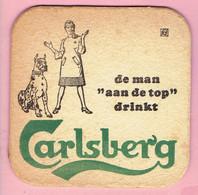 """Bierviltje - De Man """"aan De Top"""" Drinkt Carlsberg - Beer Mats"""
