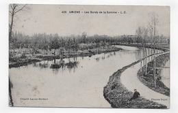 AMIENS - N° 409 - LES BORDS D ELA SOMME AVEC PECHEUR - CPA VOYAGEE - Amiens