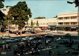 ! Ansichtskarte Kinshasa, Congo, Kongo, Elfenbeinhändler, Autos, Cars, VW Käfer, Citroen DS - Kinshasa - Leopoldville (Leopoldstadt)