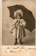 Fillette Et Son Parapluie - Scenes & Landscapes