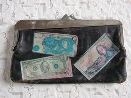 Porte Monnaie 10 Francs 10 Dollar 10 Suisse 1000 Lire 1 Pound Cuir Usé Mais Pas Cuit Encore Assez Souple! - Monnaies & Billets