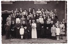 Groupe Mariage Bretagne Finistère (datée 1948, Tampon C. Sévellec Douarnenez, Audierne Inscrit Verso) Costumes Coiffes - Anonyme Personen