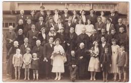 Ancienne Carte Photo Groupe Mariage Bretagne Finistère Costumes Coiffes - Personnes Anonymes