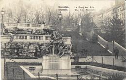BRUXELLES - Le Mont Des Arts - N'a Pas Circulé - Foreste, Parchi, Giardini