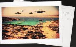 5474 - Ovni, Ufo, Soucoupe Volante ; Flotille Survolant La Côte - Fantasia