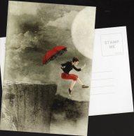 5549 - Jeune Femme Sautant D'une Falaise Avec Un Parapluie Pour Freiner Sa Chute (surréaliste, Fantastique) - Femmes