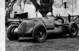 Maserati  -  Voiture De Course Ayant Pris Part Aux 24hr Du Mans Et Au Grand Prix D'Indianapolis    -  Carte Postale - Grand Prix / F1