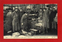U6// 75 Les Marchés De PARIS Vente De La Marée En Demi Gros (Halles Centrales) /  REPRO De CPA Neuve  Lire Description - Straßenhandel Und Kleingewerbe