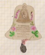 8AK2343 Image Religieuse Pieuse CLOCHE LA SAVOYARDE CELLULO 1895 AVEC MEDAILLE - Images Religieuses