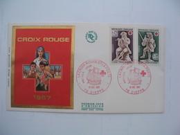 Enveloppe       La Croix Rouge   1967 - Marcophilie (Lettres)