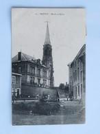 C.P.A. : 08 MATTON : Mairie Et Eglise, Animé, Timbre En 1909 - Francia