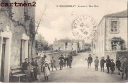 MENOMBLET UNE RUE ANIMEE 85 VENDEE - France