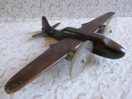 Artisanat Populaire Reproduction Avion De Combat Bois à Suspendre 22 X 30 Cm...! - Aviation
