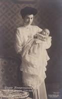 AK Unsere Kronprinzessin Mit Ihrem Jüngsten Söhnchen - Ca. 1910 (36124) - Königshäuser