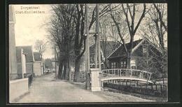 CPA Oost-Knollendam, Dorpstraat, Vue De La Rue Im Dorf - Nederland