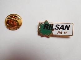 Beau Pin's , Rilsan PA 11 , Arkema , ATOCHEM , ATO , ELF , Serquigny , Eure , Signé Fine Powder - Pin's