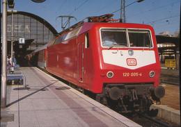 Elektro -  Schnellzuglokomotive 120 005-4 - Trains